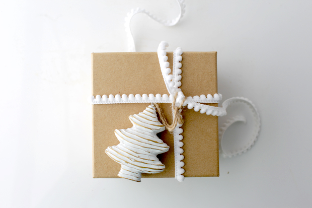 Simple Christmas Gift Wrapping   She Sows Seeds 5