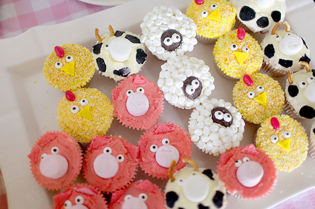 Eleanor's Farmyard Second Birthday | She Sows Seeds 11