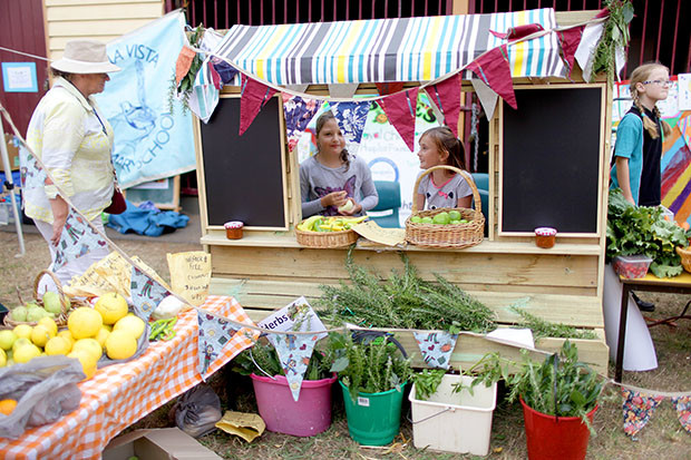 Warragul Kids Farmers Market | She Sows Seeds 1