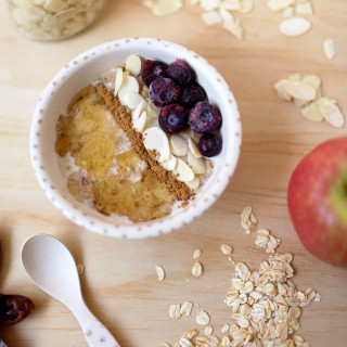 Apple, Date and Almond Meal Porridge